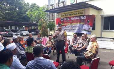 Komitmen Jaga Kamtibmas, Polsek Kelapa Dua Gelar Coffee Morning Bersama Kapolres Tangsel