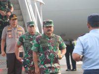 Kapolda Sulsel Jemput Langsung Pangilma TNI Saat Transit di Makassar
