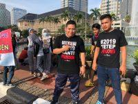 Kaus #2019TetepJokowi Ramai Dikerumuni Peserta CFD