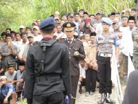Di pimpin AKBP Ibrahim Aji, Polres Enrekang Laksanakan Upacara Pemakaman Bripka Jasmin
