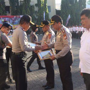 Anggota Berprestasi Dapat Apresiasi dari Kapolda Sulsel