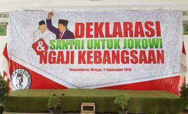 Ingin Jokowi 2 Periode, Ratusan Santri Pangandaran Deklarasi Dukung Jokowi-Ma'ruf Amin