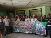 Jelang Pilpres, Pedagang Pasar Kramat Jati Komitmen Dukung Pemilu Damai
