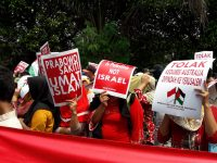 Kepung Kedubes Australia, Ratusan Massa Liga Muslim Indonesia Kutuk Pernyataan Prabowo yang Cenderung Pro Israel
