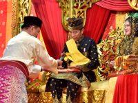 Resmi, Jokowi Dianugerahi Gelar Sebagai Datuk Seri Setia Amanah Negara Oleh LAM Riau